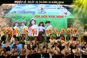 Yên Bái: Lung linh sắc màu xòe hoa ở Lễ hội du lịch Mường Lò