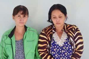 Huế: Bắt hai 'nữ quái' dùng con gái ruột để đi trộm cắp