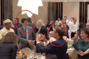 Thủ tướng Canada và Tổng thống Pháp gây sốt khi nhảy tưng bừng tại tiệc tối