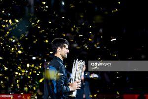 Hạ đẹp Coric, Djokovic nâng cúp Thượng Hải Masters lần thứ 4