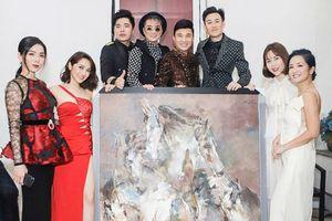 Dư luận 'dậy sóng' khi Mr. Đàm, Quang Lê, Lệ Quyên ký tên lên tranh đấu giá