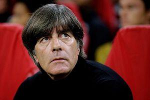 Báo chí Đức lại kêu gọi sa thải HLV Joachim Loew