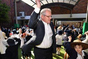 Úc tuyên bố đóng cửa trường học kỳ thị học sinh đồng tính