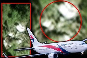 Vào rừng Campuchia tìm kiếm, chuyên gia Anh 'giải mã' bí ẩn số phận MH370?