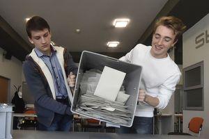 Đảng Bảo thủ đối lập CH Séc giành thắng lợi bầu cử Thượng viện