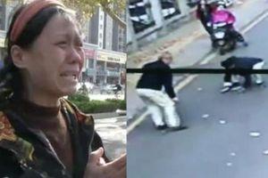 Người phụ nữ khóc nức nở vì bay mất tiền ở Trung Quốc và cái kết