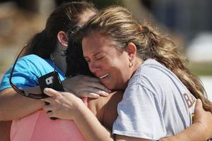 Siêu bão 'quái vật' Michael đổ bộ nước Mỹ: Số người thiệt mạng tăng lên 18