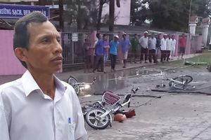 Đứt dây điện khiến 6 học sinh thương vong ở Long An, hiệu trưởng nói sự cố bất khả kháng