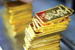 Giá vàng 'nhảy múa' khi nhà đầu tư tháo chạy khỏi chứng khoán
