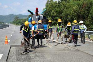 Bắt đầu khắc phục sửa chữa tuyến cao tốc Đà Nẵng - Quảng Ngãi