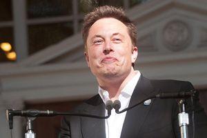 Elon Musk gây xôn xao khi muốn chế tạo siêu robot chiến đấu
