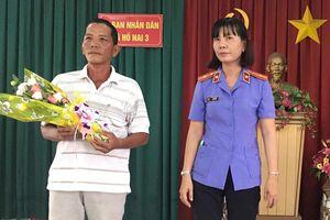 VKS xin lỗi người bị truy tố oan tội trộm cắp tài sản