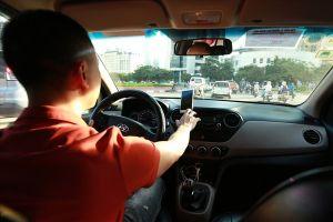 Kiến nghị xe dưới 9 chỗ kinh doanh vận tải là taxi, khách lo cước tăng khi Grab, Go Việt khó sống