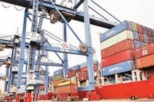 Điều chỉnh giá dịch vụ cảng biển để phát triển hệ thống hạ tầng