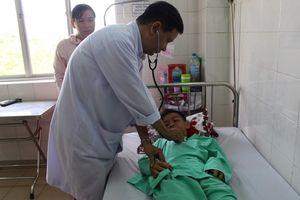 Vụ điện giật 6 học sinh thương vong ở Long An: Nghe tin cháu gái chết, ông ngoại đột tử