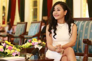 Giao lưu cùng tác giả 'Competing With Giants' - cuốn sách kinh tế đầu tiên của Việt Nam do Forbes xuất bản
