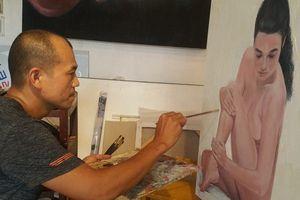 Lệ Quyên, Đàm Vĩnh Hưng ký tên lên tranh: Giới họa sĩ bức xúc