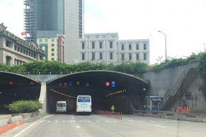 Thông xe hầm vượt sông Sài Gòn sau vụ ôtô đâm sập giàn giáo