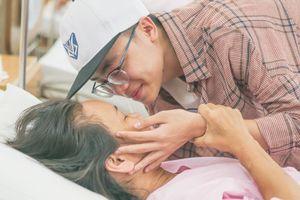 Xúc động về câu chuyện mẹ bé Minh Nhật