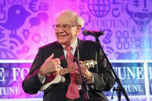 Tỷ phú Warren Buffett tiêu tiền như nào?