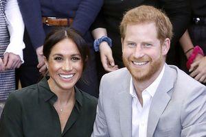 Hoàng gia Anh xác nhận Công nương Meghan đang mang thai con đầu lòng