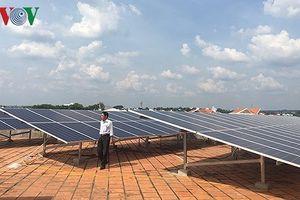 Điện mặt trời 'ngóng' cả quy hoạch lẫn giá bán