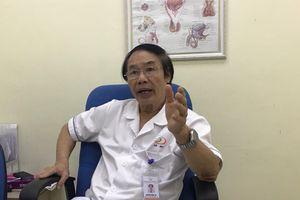 Chiều vợ hay ghen, liên tục đòi 'yêu' vắt kiệt sức già, cụ ông 70 tuổi nhập viện trong bất an hoảng hốt