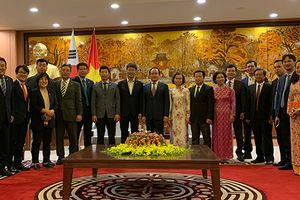 Thắt chặt quan hệ hữu nghị truyền thống giữa Hà Nội và Seoul (Hàn Quốc)