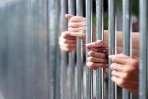 Cựu thượng úy cảnh sát ở Cần Thơ bị khởi tố