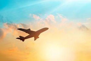 Câu đố tính số máy bay để bay vòng quanh thế giới