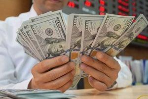Tỷ giá ngoại tệ 16.10: Sức ép bán tháo, giá trị USD yếu dần
