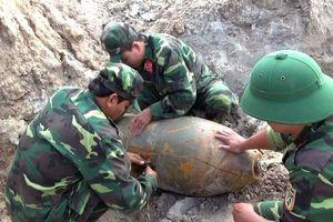 Bộ CHQS tỉnh Kon Tum xử lý an toàn quả bom nặng 125 cân Anh
