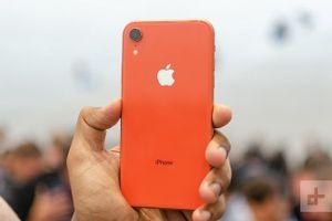 iPhone XR chưa ra mắt, smartphone Android đã sợ 'mất vía'