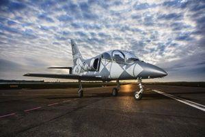 Cộng hòa Séc ra mắt chiếc máy bay huấn luyện L-39NG