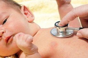 Cách đơn giản phòng bệnh viêm phổi cho trẻ lúc giao mùa, mẹ tiếc gì không xem