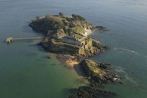 Hòn đảo lịch sử giá 183 tỉ đồng