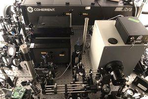 Camera chụp ảnh nhanh nhất thế giới với tốc độ 10 nghìn tỷ hình /giây