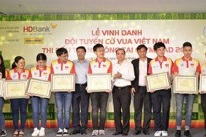 Nam A Bank thưởng 20.000 USD cho đội cờ vua Việt Nam tại Olympiad 2018