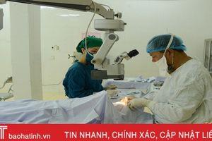 Bệnh nhân BHYT nội trú tăng 148%, Bệnh viện Mắt Hà Tĩnh lo thiếu nguồn phục vụ