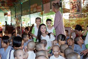 Phương Khánh tại Miss Earth: Cùng nhau, chúng ta có thể làm được...