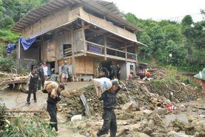 Trên 1.300 hộ dân thuộc diện di dời khẩn cấp