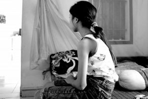 Nghi án bé gái thiểu năng bị hàng xóm nhẫn tâm xâm hại