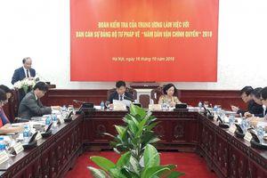 Đoàn kiểm tra trung ương làm việc với Bộ Tư pháp về 'Năm dân vận chính quyền' 2018
