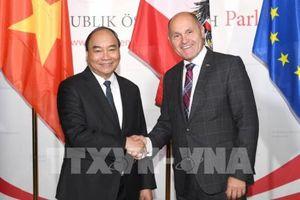 Thủ tướng Nguyễn Xuân Phúc hội kiến Chủ tịch Quốc hội Áo