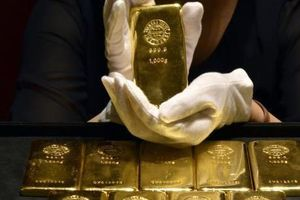 Giá vàng áp sát mức cao nhất trong hơn 2 tháng
