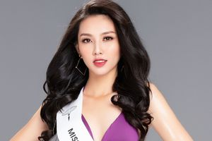 Thùy Tiên diện bikini nóng bỏng trước ngày sang Nhật thi Hoa hậu Quốc tế 2018