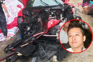 Siêu xe 16 tỉ được cho là của Tuấn Hưng gặp tai nạn đến nát cả đầu xe trên phố