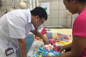 Mẹ con sản phụ thập tử nhất sinh vì tự bỏ điều trị tuyến giáp khi mang thai