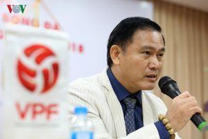 Bầu Tú 'mất ăn mất ngủ' vì bài toán kiếm tiền cho V-League 2018