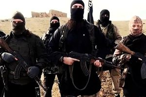 IS bắt cóc 700 con tin làm lá chắn sống